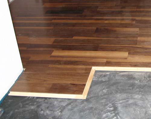 nussbaum parkett massivhaus. Black Bedroom Furniture Sets. Home Design Ideas